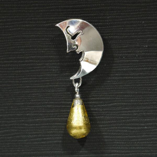 裝飾別針 「上弦月 ( ) 與水滴」