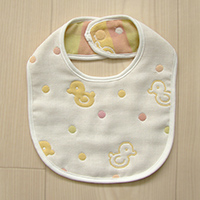 Think-B Bib, 6-Layer Gauze, Chick Pattern [Made In Japan] [Home Goods]