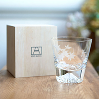 [Rare Item] Edo Glass, Mt. Fuji On-The-Rocks Glass, Autumn Leaf Pattern, w/Wooden Box [Limited]