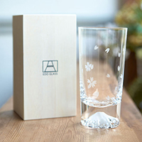 [Very Rare!] Edo Glass, Mt. Fuji Glass, Sakura Pattern Tumbler in Wooden Box