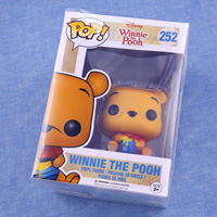 POP! Disney Series, Winnie The Pooh (Seated Version) Mini Figure