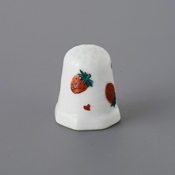 Kutani Thimble 092 Yuki Tanaka Piece, Strawberry
