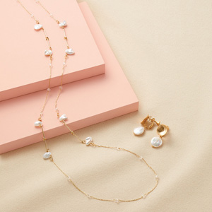 [cecile] Freshwater Pearl Accessories (Long Chain) / New Arrival Spring 2020, Large Sizes, Plump