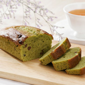 Pound Cake Matcha Tea & Red Bean
